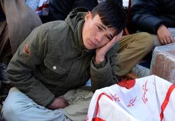 shia-hazara-mourner-boy-afp-360