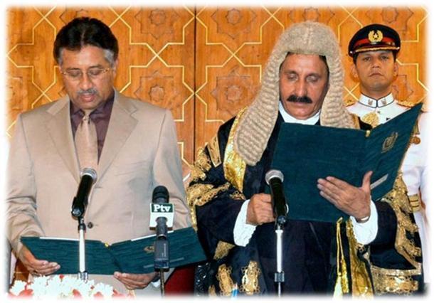 musharraf-chief-justice-taking-oath