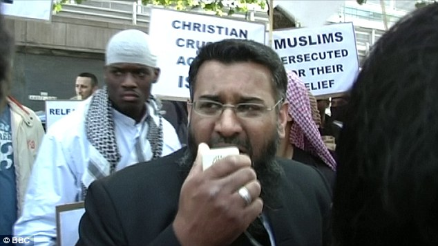 anjem-chaudry-with-woolwich-attacker