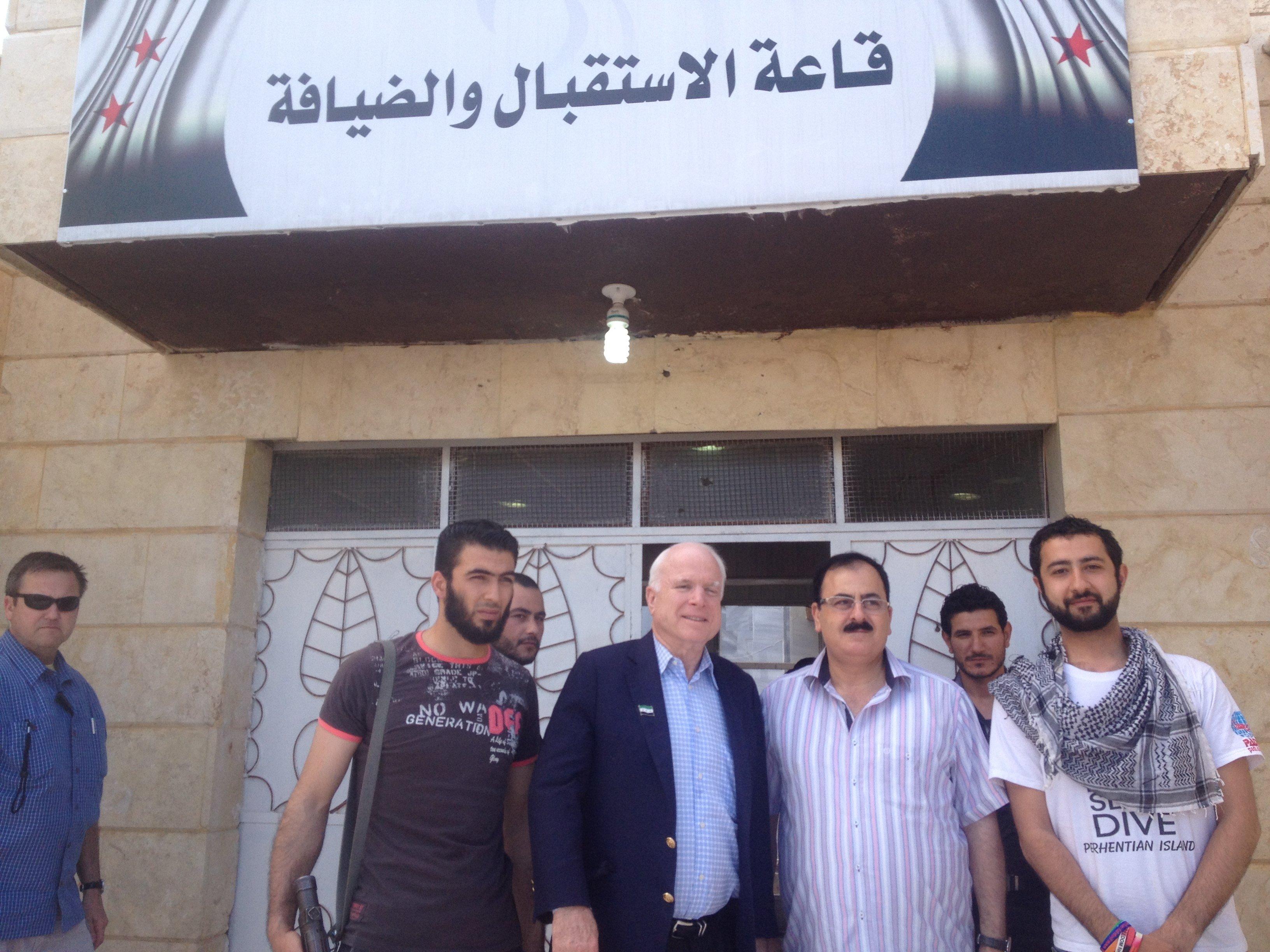 McCain visits rebels in Syria