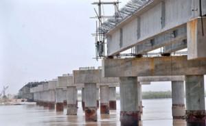Bridge-on-River-Indus-well-in-progress