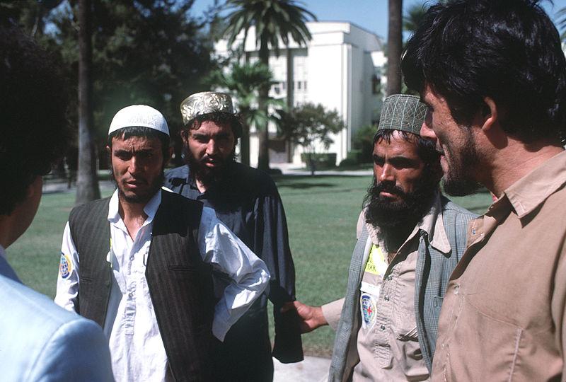 800px-AfghanGuerillainUS1986e