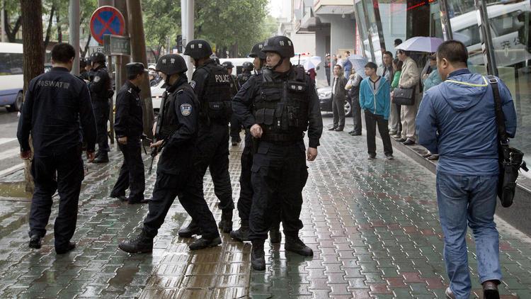 la-fg-china-bombing-urumqi-20140522-001