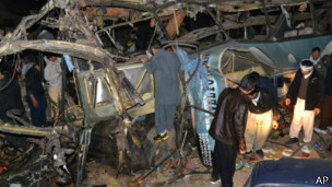 140608211830_balochistan_bus_attack_304x171_ap