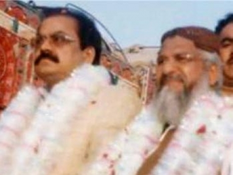 Rana Sanaullah campaigning with ISIS affiliated ASWJ-LeJ chief Maulana Ludhyanvi
