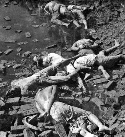 Executed intellectuals in the Dhaka Rayerbazar, 1971