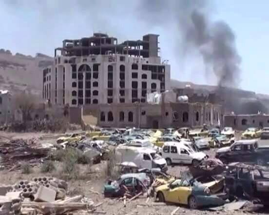 Saudi bombing on 20th April in Sanaa: Initial death toll according to medics was 46 but it may rise to 100+, while several people are injured. #Yemen.  Source: Yemen Real News