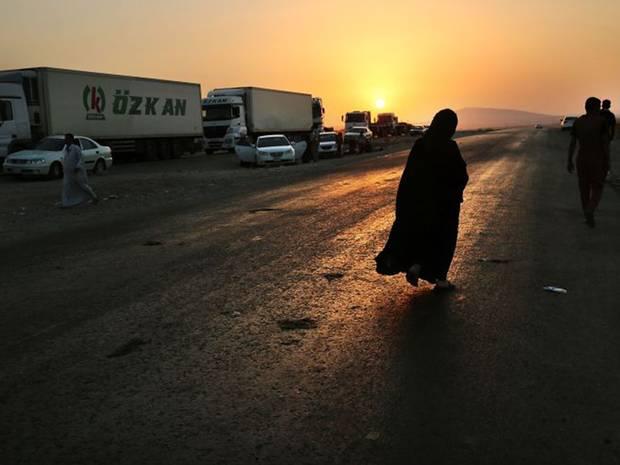 28-Iraqi-Woman-AP