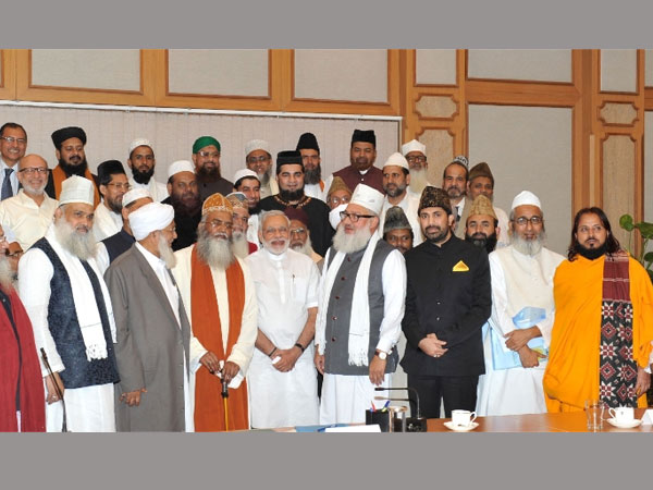 28-1440739481-sufi-scholars1