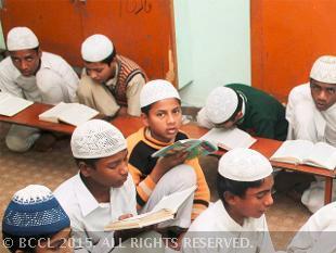 us-lawmaker-seeks-shutting-down-of-deobandi-madrasas-in-pak