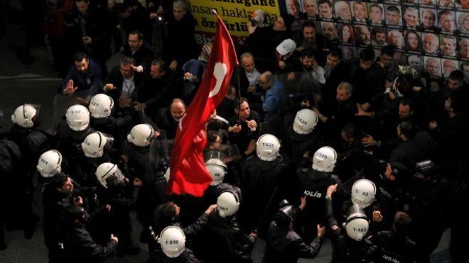 160305082832_zaman_newspaper_in_istanbul_640x360_reuters_nocredit