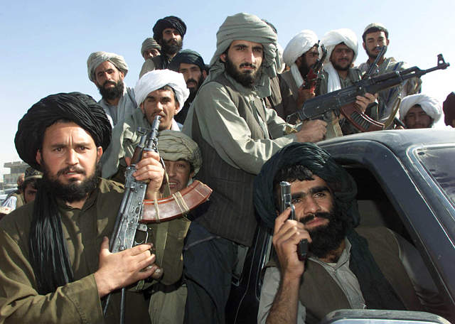 2016-04-13-1460572738-7958934-talibanfighters7